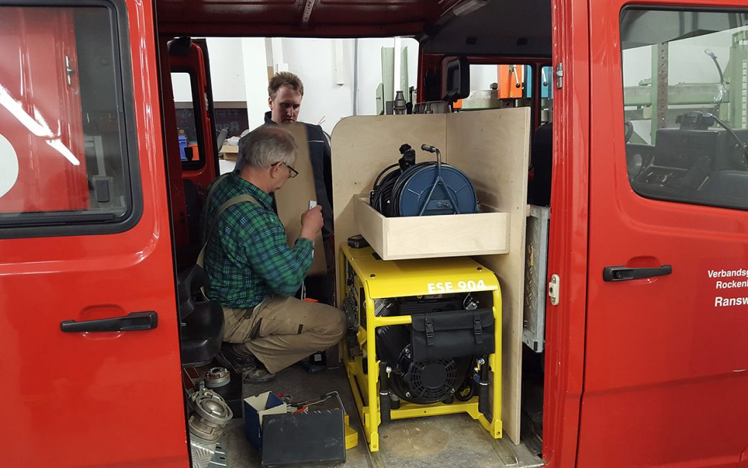 Stromerzeuger und Schmutzwasserpumpe für Feuerwehr