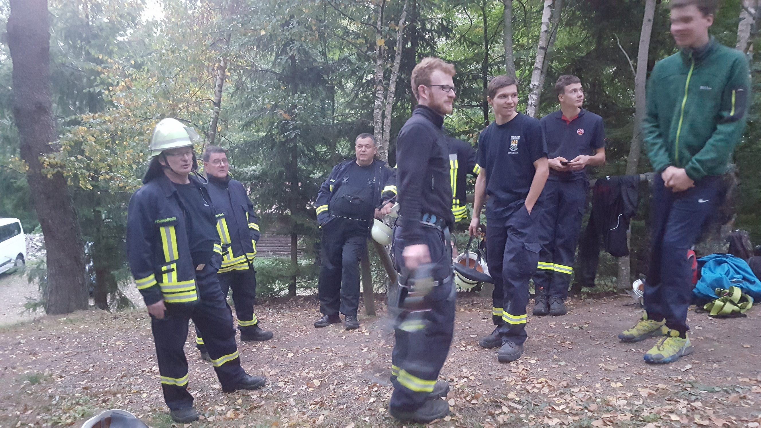 Ransweiler Feuerwehr am Aussichtsturm in Seelen
