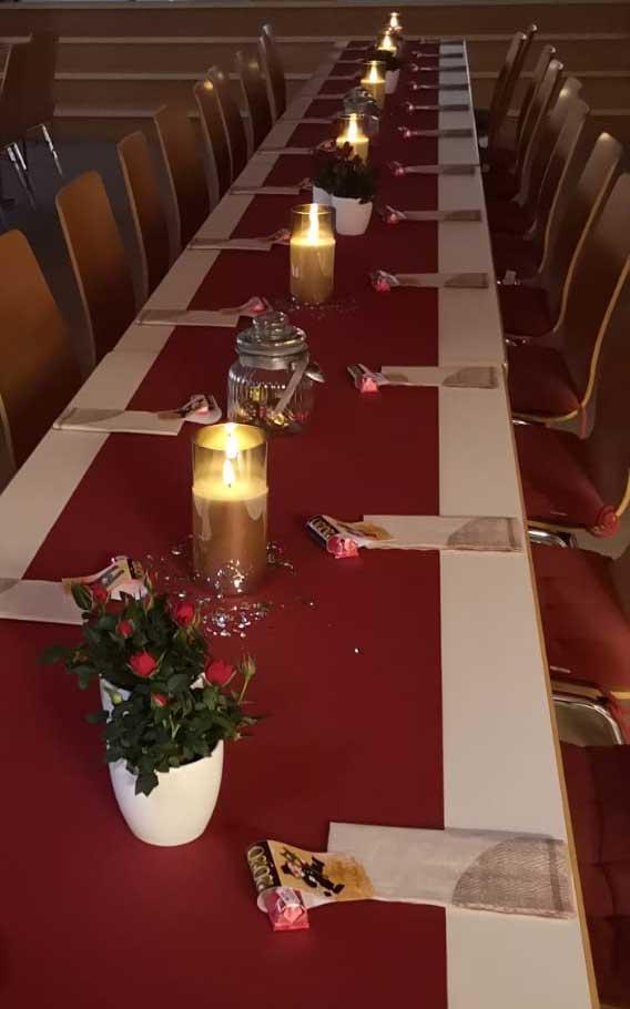 Liebevoll dekorierte Tische empfingen die Gäste zum Neujahrsempfang.
